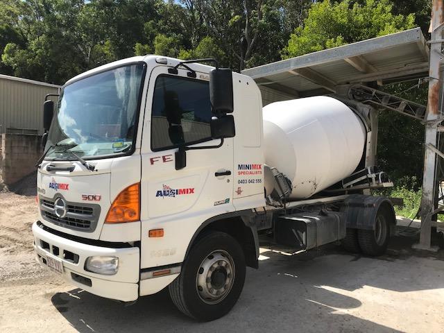Ausimix - Mini ready mix concrete and pre-cast - Sunshine Coast